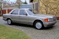 Mercedes 500 SE - 1986 auto dyplomatów, gangsterów i biznesmenów. Wystąpił w ponad 1600 filmach